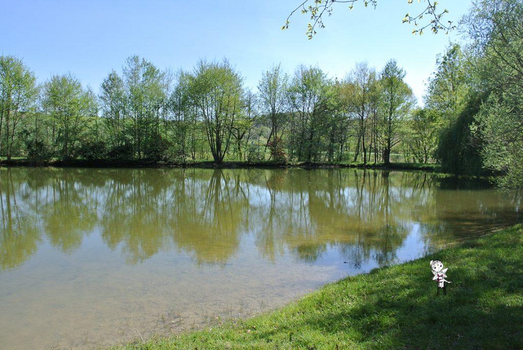 le lac du village des fées